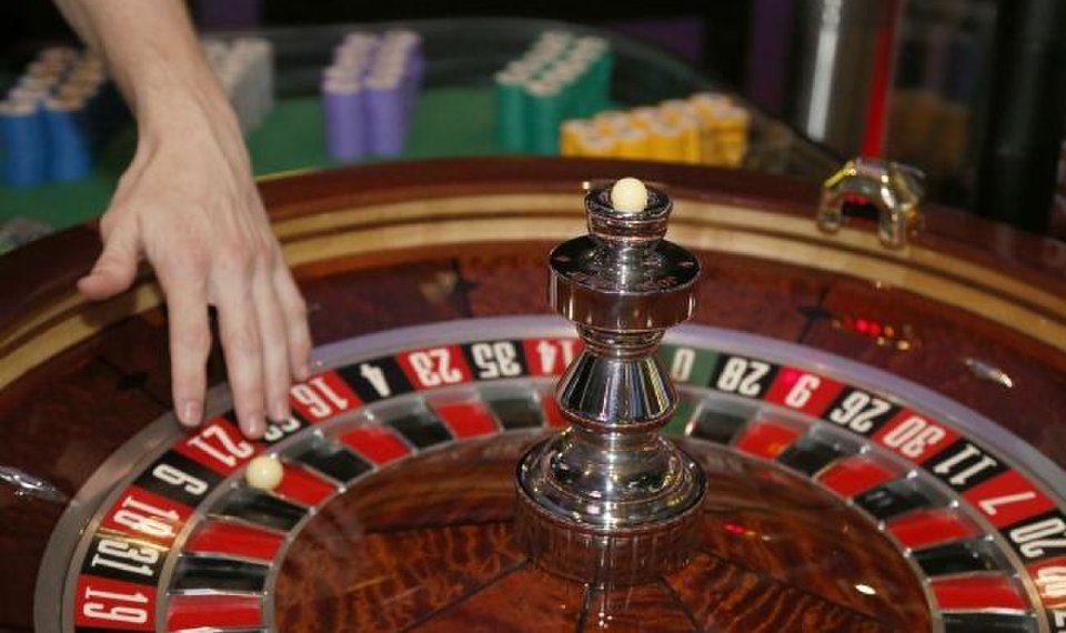 You'll Be Able To Have Your Cake And Online Casino